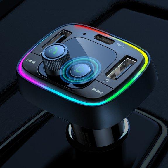 Remax 2,4A rychlá nabíječka do auta s displejem, porty USB-C / 2 x USB a slotem na micro-SD - možnost vrátit zboží ZDARMA do 30ti dní