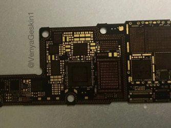 Základní deska iPhone 8
