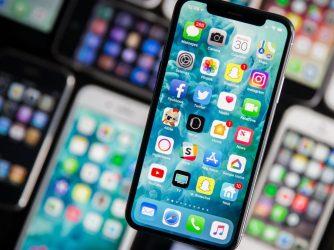 iPhone X: Vlastnosti avhodné příslušenství (recenze)