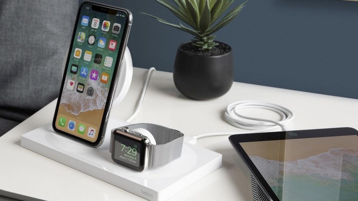 Hogyan kell tölteni iPhone gyors