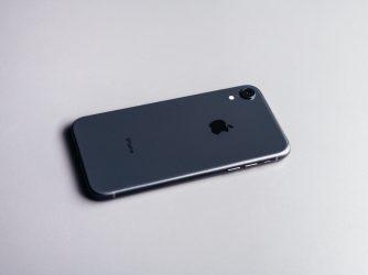Soud kvůli iPhonu XR a jeho slabé LTE anténě