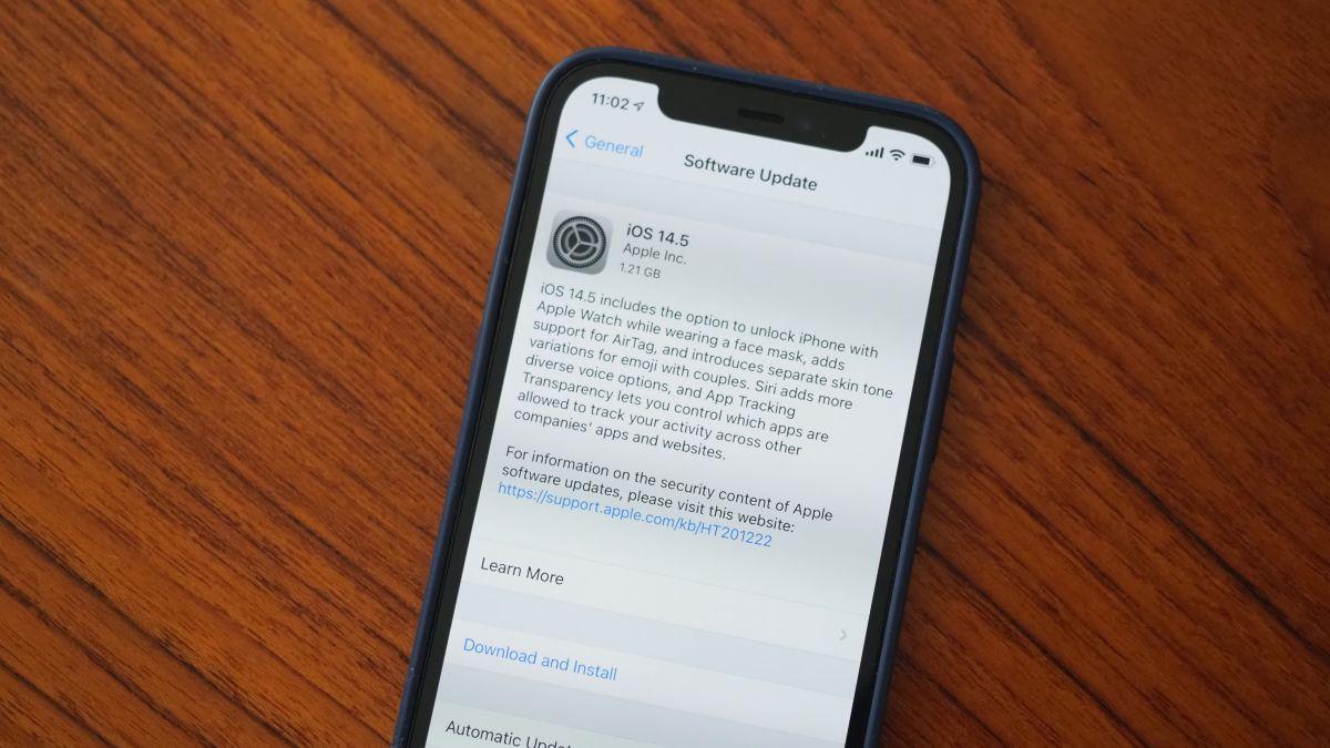 Apple vydal iOS 14.5. Proč byste si ho měli nainstalovat?
