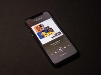 Jak nastavit výchozí aplikaci pro přehrávání hudby naiPhonu?