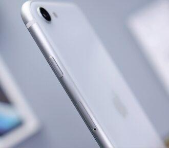 Třetí verze iPhonu SE je naspadnutí. Co odní čekat?